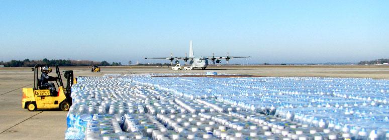 problema acqua trasporto aereo bottiglie di plastica