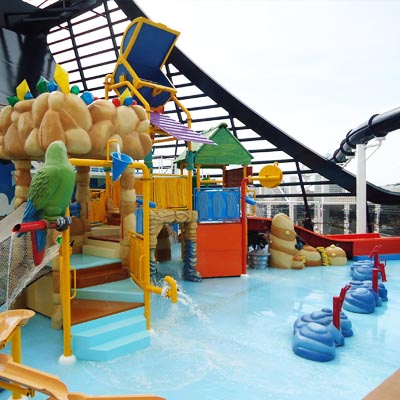 Swimming pools for kids on cruiseships